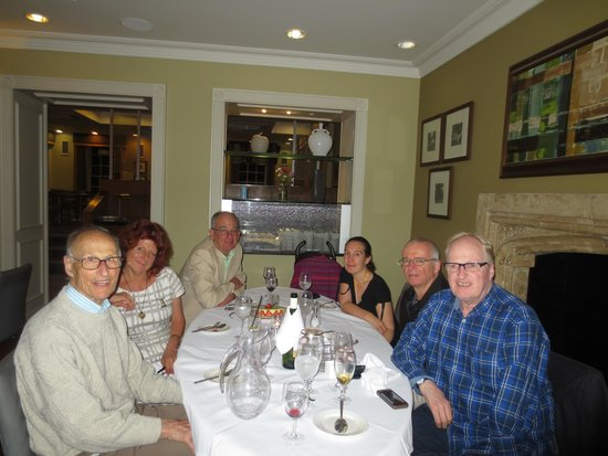 Richmond Hill Hotel : A birthday celebrating in the resturant