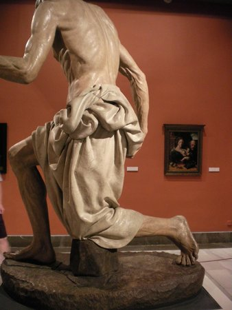 Museo de Bellas Artes de Sevilla: excellent sculture by Pedro Torregianno