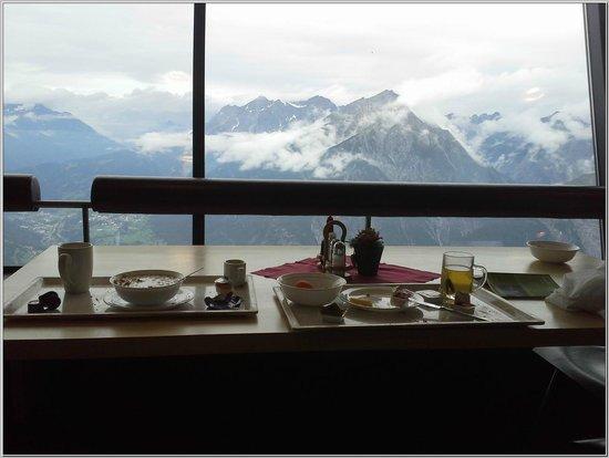 Venet Gipfelhütte: Blick aus dem Speisesaal