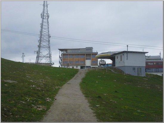 Venet Gipfelhütte: Außenansicht