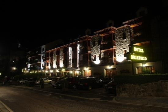 Hotel Bujaruelo: nocturna