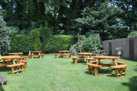 The Carriers: Our Secluded Beer Garden