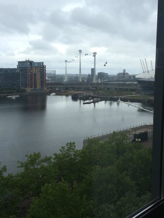 Crowne Plaza London - Docklands: The view from room 5024! Overlooking the majestic Thames and O2