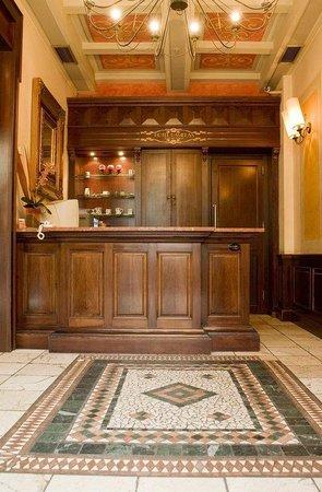 TOP Hotel Ramblas Barcelona_Reception