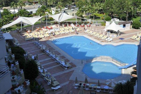 Richmond Ephesus Resort : Бассейны