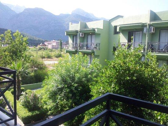 Larissa Hotel Beldibi: Вид с балкона