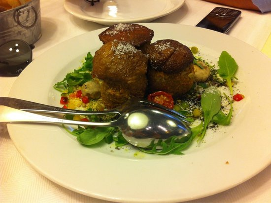 Baracca : Moushroom with goat cheese