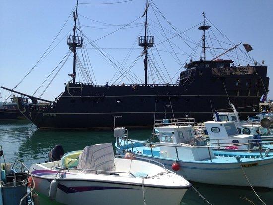 Grecian Bay Hotel: port ayia napa