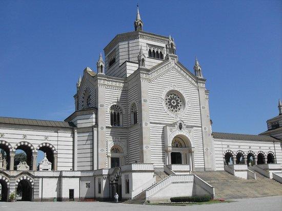 Cimetière Monumental : ingresso