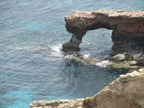 Ħaġar Qim : below the temples