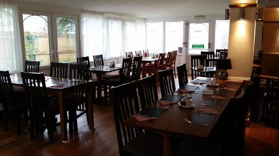 The Begelly Arms Restaurant: Our Conservatory Restaurant