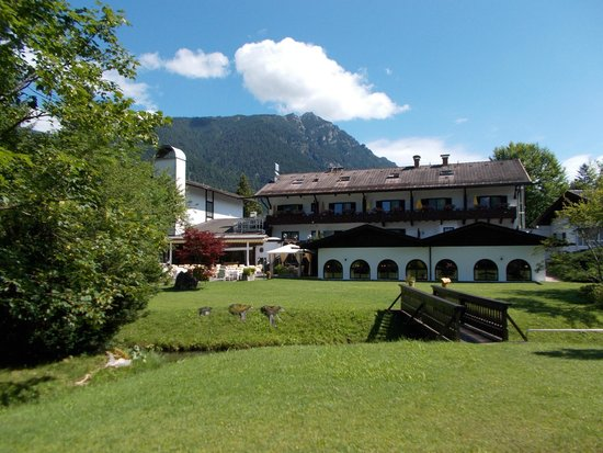 Alpenhof Grainau: View of rear of hotel from grounds