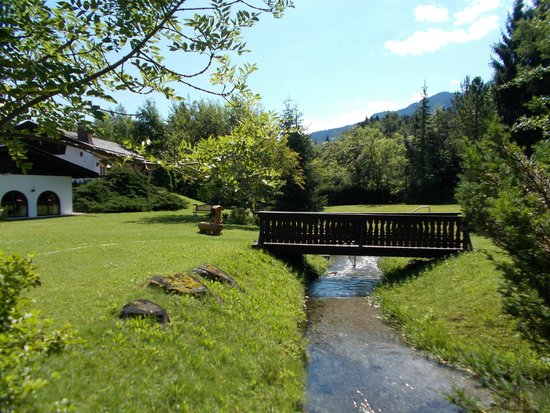Alpenhof Grainau: View of the mountain stream that trickles through the grounds