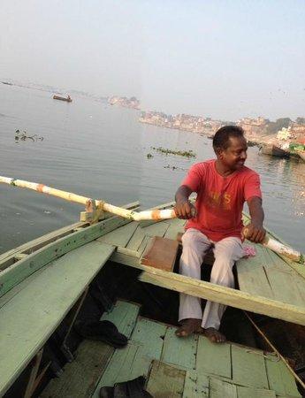 Ganges River: Boat trip along The Ganges