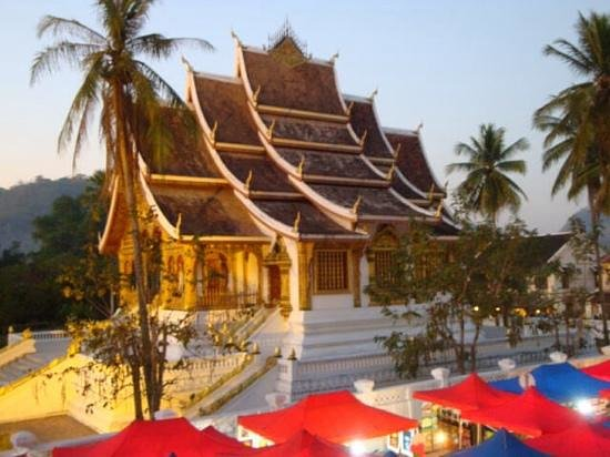 Satri House: Temple in Luang Prabang