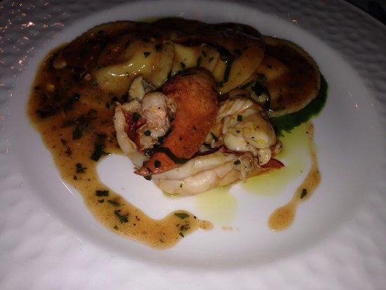Oliviero Restaurant - Belmond Villa Sant'Andrea: Agnolotti in crema di rucola ed astice blu