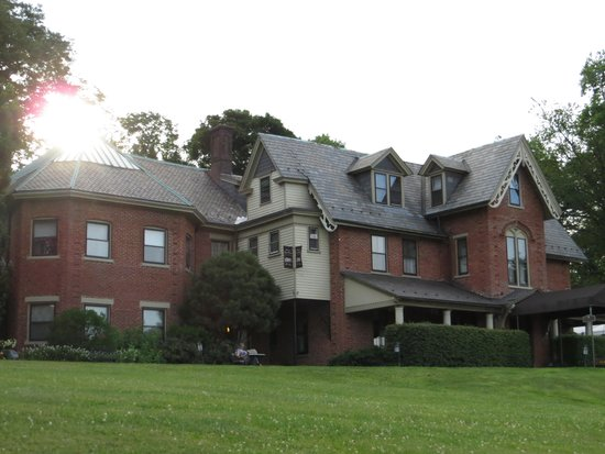 The Sayre Mansion Inn: Look at the Inn, the...