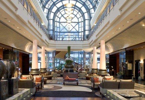 Dusit  Thani Dubai: Lobby