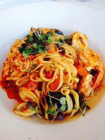 Padburys Cafe Restaurant: Seafood fettuccine