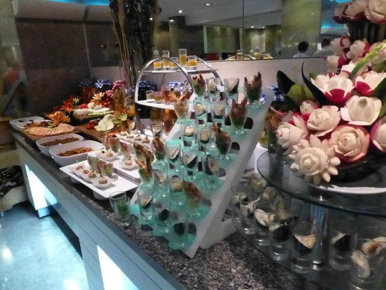 Baia Lara Hotel: starters