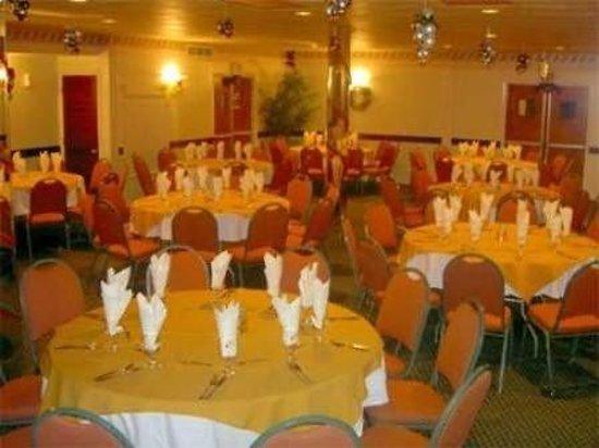 Carl's Unique Inn: Banquet Facilities