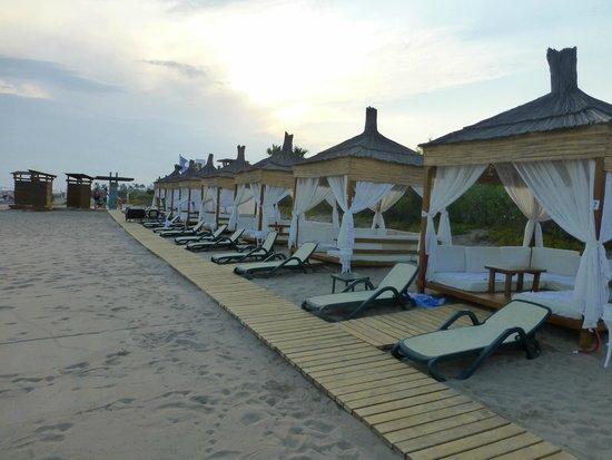 Baia Lara Hotel: cabanas