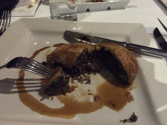Mercure Resort Hunter Valley Gardens: The Duck pie