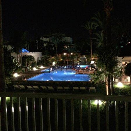 Melia Marbella Banus: Poolside by night