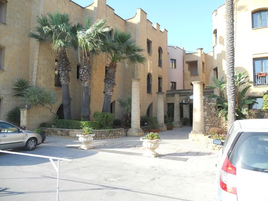 Grand Hotel Mose: Ingresso struttura