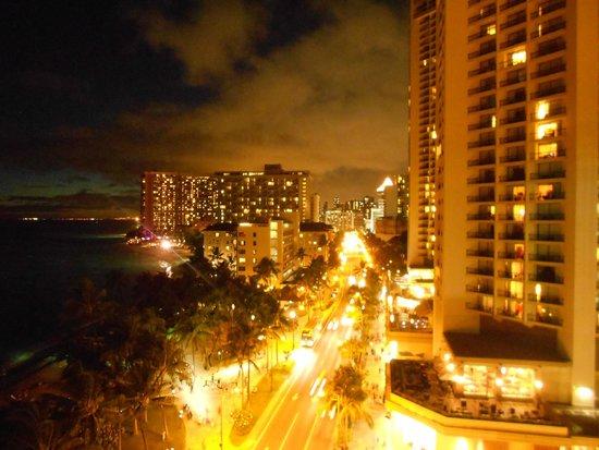 Aston Waikiki Beachside Hotel : Night view