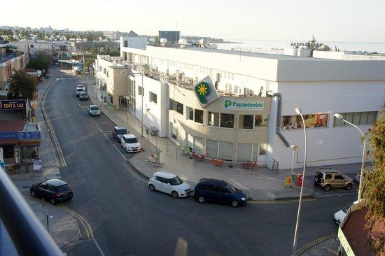 Basilica Holiday Resort: супермаркет