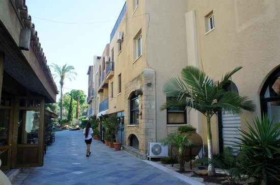 Basilica Holiday Resort : главный корпус