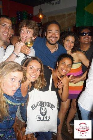 Ambiance Bresilienne à La Petite Scène
