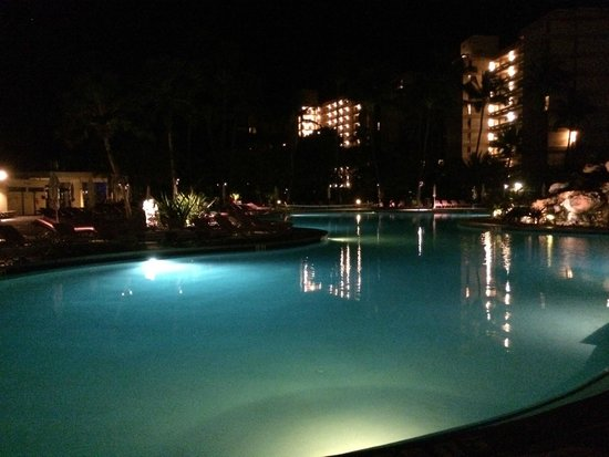 Ka'anapali Beach Club : Pool at night