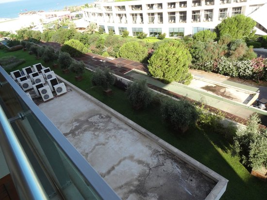 Voyage Belek Golf & Spa: view from room: scenic! :-(