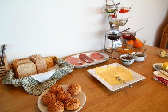 Nypugardar Guesthouse: breakfast