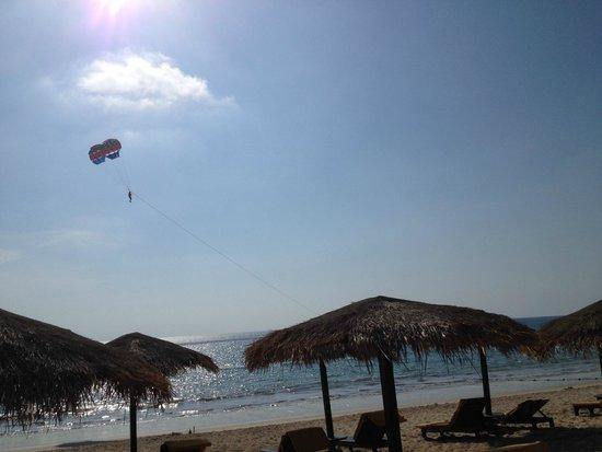 Movenpick Resort Bangtao Beach Phuket: beach