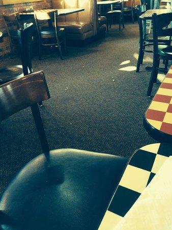 Pizza Hut: Trash
