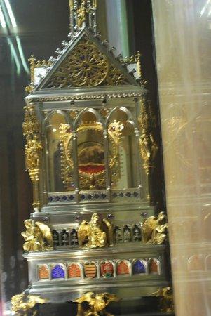 St. Stephen's Basilica (Szent Istvan Bazilika): St Stephen Reliquary
