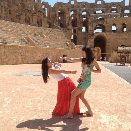 El Jem Amphitheatre : наш бой