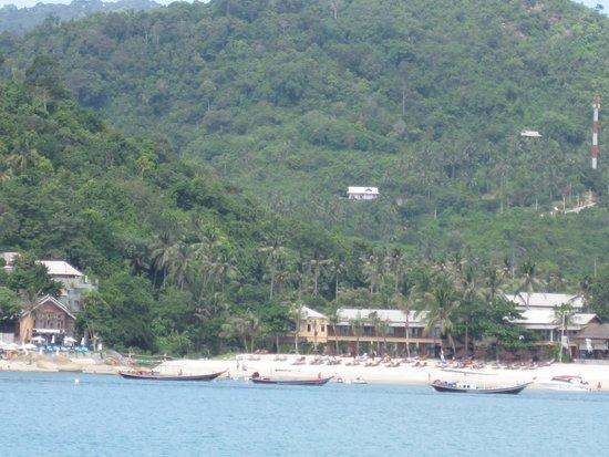 Buri Rasa Koh Phangan: View of resort from my dive boat (on far left)