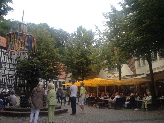 Cafe Rabbel: The umbrellas invite you!