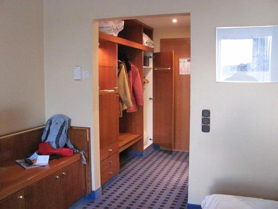 Mercure Hotel Trier Porta Nigra : hotelzimmer mit Doppeltür