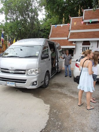 Lanna Boutique Travel: Our Van and Driver