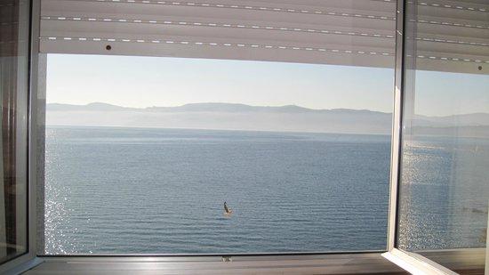 Hotel Siroco : ventana habitacion