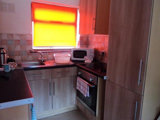 Seaview Holiday Village: kitchen