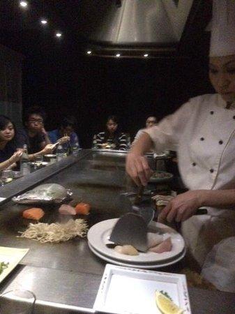 Rocks Teppanyaki: our chef for the night