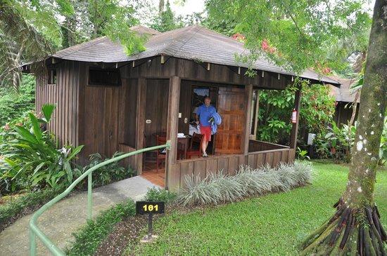 Hotel Lomas del Volcan: Aussenansicht
