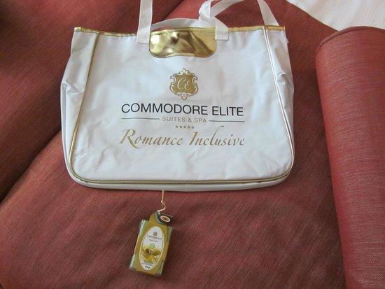 Commodore Elite Suites & Spa: Cadeaux à l'arrivée