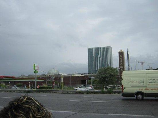 Cristoforo Colombo Hotel : veduta dal viale cristoforo colombo